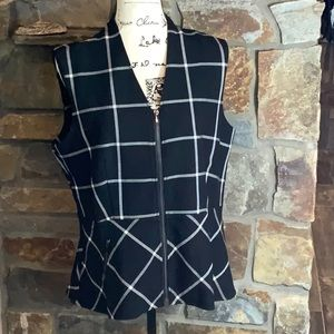 Le Chateau sleeveless Top Black & White New W Tags